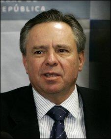 Former mexican attorney general Eduardo Medina Mora, resigned in 2009.